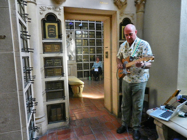 Henry Kaiser at Garden of Memory at Chapel of the Chimes 2014. Photo by Stuart Steinhardt